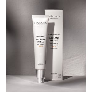 MADARA Radiant Shield Day Cream (Time Miracle serie) afbeelding